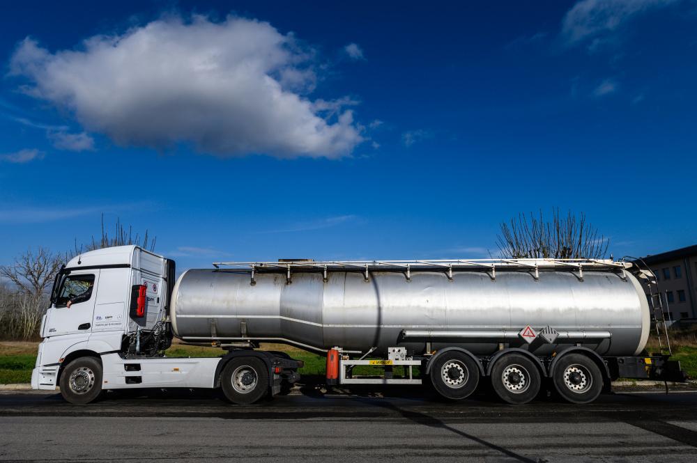 carico in comune e trasporto in cisterna multiscomparto